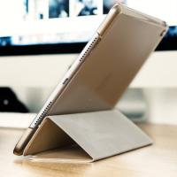 Olixar iPad Pro 9.7 inch Folding Stand Smart Fodral - Guld / Klar