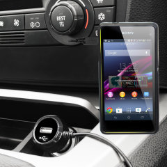 Gardez votre Sony Xperia Z1 Compact complètement chargé grâce à ce chargeur voiture de 2.4A avec un cordon spiral extensible. De plus, vous pouvez charger un appareil supplémentaire grâce au port USB intégré.