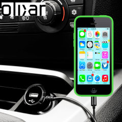 Laden Sie Ihr Lightning-Gerät unterwegs auf, mit diesem Hochleistungs 2.4A iPhone 5C Kfz-Ladegerät mit ausziehbarem Spiralkabel-Design.