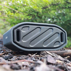 Brave the great outdoors without having to leave your music behind. The Olixar ToughBeats Speaker is IPX4 rated to stand up to the elements, as you stream your music via Bluetooth. You can also make and take hands-free calls.