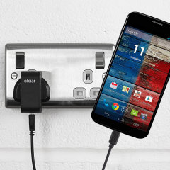 Charge your Motorola Moto X first generation quickly and conveniently with this compatible 2.4A high power charging kit. Featuring mains adapter and USB cable.