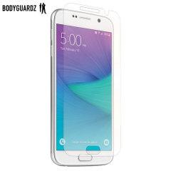 Håll din Samsung Galaxy S6 trygg och säker med det här ultralätta skärmskyddet från BodyGuardz, som är tillverkat av samma material som används för att skydda framsidan av fordon från grus.