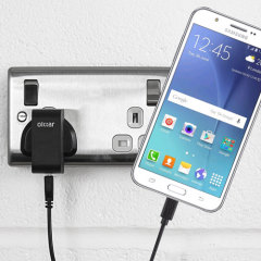 Charge your Samsung Galaxy J5 2015 quickly and conveniently with this 2.5A high power charging kit. Featuring mains adapter and USB cable.