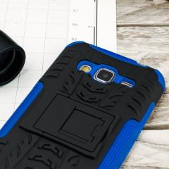 Proteja su Samsung Galaxy J3 con esta resistente funda compuesta de una capa TPU y otra resistente a impactos.