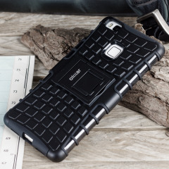Protect your Huawei P9 Lite from bumps and scrapes with this black Olixar ArmourDillo case. Comprised of an inner TPU case and an outer impact-resistant exoskeleton, the ArmourDillo provides robust protection and supreme styling.