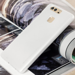 A premium gel case for your Huawei P9. The Mercury Goospery features a premium metallic silver gloss UV finish and robust high quality TPU gel material that will take all the knocks and look fabulous while doing so.