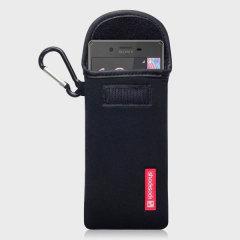 Lleve su Sony Xperia X de forma segura mientras está haciendo ejercicio o afrontando el aire libre utilizando el estuche de neopreno Shocksock de color negro. Este cómodo estuche de transporte es ajustable y hecho de un material ligero. También viene con un práctico mosquetón.
