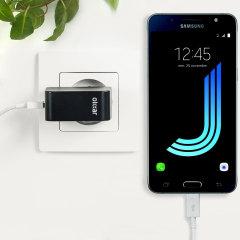 Cargue su Samsung Galaxy J5 2016 o cualquier otro dispositivo mediante conexión USB de manera rápida y eficaz. Este cargador de red Olixar tiene una salida de 2.4A para una carga rápida e incluye un cable Micro USB.