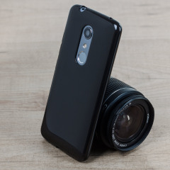 Olixar FlexiShield ZTE Axon 7 Gel Case - Solid Black