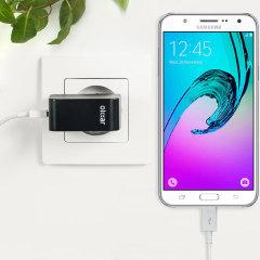 Cargue su Samsung Galaxy J7 2016 o cualquier otro dispositivo mediante conexión USB de manera rápida y eficaz. Este cargador de red Olixar tiene una salida de 2.4A para una carga rápida e incluye un cable Micro USB.