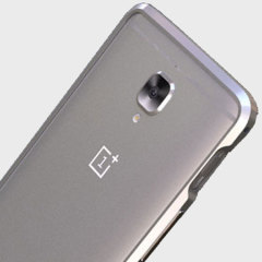 Protect your OnePlus 3T / 3 with this unique silver aluminium bumper. The bumper protects the outer edges while providing some front and back protection and looking fabulous while doing so. Also matches the colour of your handset.
