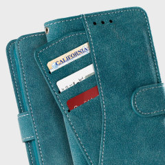 Easy to hold thanks to the soft, felt fabric and complete with a media stand, the Zizo Slide Out felt pouch in blue allows you to effortlessly store both your phone and wallet items in one secure and stylish package.