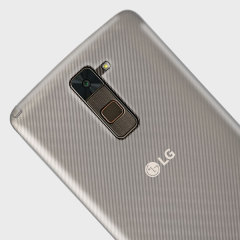Custom moulded for the LG G Stylo 2 Plus this clear FlexiShield case by Olixar provides slim fitting and durable protection against damage.