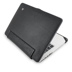 Treat your MacBook Pro Retina 13 to exquisite handmade craftsmanship and the highest quality materials. Featuring genuine Floater leather in black, the Vaja premium leather suit is the pinnacle of luxury and protection.