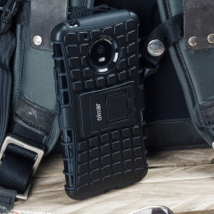 Protect your Motorola Moto G5 Plus from bumps and scrapes with this black Olixar ArmourDillo case. Comprised of an inner TPU case and an outer impact-resistant exoskeleton, the ArmourDillo provides robust protection and supreme styling.