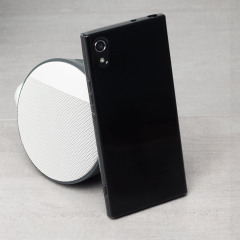 Custom moulded for the Sony Xperia XA1. This black Olixar FlexiShield case provides a slim fitting stylish design and durable protection against damage, keeping your device looking great at all times.