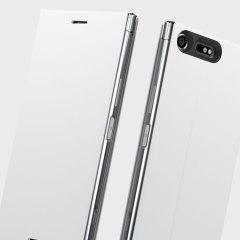 Cette superbe housse officielle Sony Xperia XZ Premium à rabat a été conçue afin de vous offrir une protection de haute qualité en coloris blanc. Celle-ci vous laisse un accès libre et total au port de charge ainsi qu'à toutes les fonctionnalités de votre smartphone une fois équipée. Très pratique et fonctionnelle, elle intègre un support de visualisation vous permettant de voir vos films et autres contenus dans un angle de visionnage idéal.