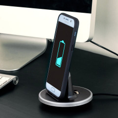 Synchronise and charge your Samsung Galaxy A5 2017 with this stylish and case compatible desktop dock which also acts as a multimedia stand. Supports USB-C (USB Type-C).