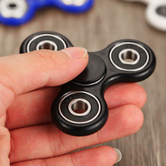 It's the craze that's sweeping all nations. Whether you're an executive looking for an amusing distraction or want to keep the kids happy, this high quality tri spinner style metal / ABS fidget spinner is sure to please.