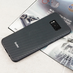 Skydda din fantastiska Samsung Galaxy S8 Plus med AER Karbon i svart från Evutec. Med Evutecs helt nya proprietära material Evusoft som kombinerar äkta KEVLAR i kombination av kolfiber, erbjuder det här skalet en fantastisk chockabsorption utan att kompromissa något av den slanka, diskreta designen.