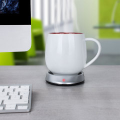 Never let a hot drink go cold again with the Hottea USB powered cup and mug warmer. Working perfectly with computers, laptops and Macs, the Hottea gently keeps your drink at the perfect temperature so you know you'll always have a hot beverage to hand.