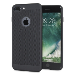 Et presisjonsteknisk laget lettvektig slankt cover i svart med et perforert nettingmønster som ser bra ut, gir bedre grep, og hjelper med avledning av varme fra din iPhone 7 Plus, så vel som å forbedre høyytelsesskjønnheten til enheten.