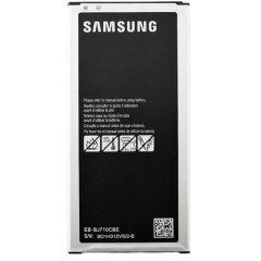 Official, high-quality Samsung EB-BJ710CBEGWW replacement battery for your Samsung Galaxy J7 2016 device. Perfect to replace your old degraded mobile phone's battery or keep as a spare. You'll never run out of power again!