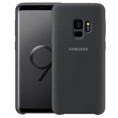 Protégez votre Samsung Galaxy S9 à l'aide de cette coque officielle en coloris noir. Simple mais très élégante, elle s'ajustera parfaitement à votre smartphone et le protégera au quotidien.