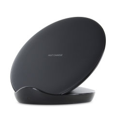 Charge your Samsung Galaxy smartphone quickly with the official fast wireless charging pad in black. Spend less time waiting around for your phone to charge and more time doing what you want to do with this official fast wireless charging pad.