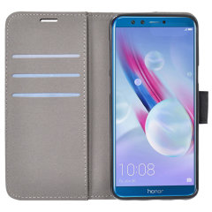 The leather-style Prima wallet case by Redneck offers the ultimate combination of protection and practicality for the Huawei Honor 9 Lite. Including 3 card slots, a magnetic clasp and a built-in stand, this folio case is full of useful features.