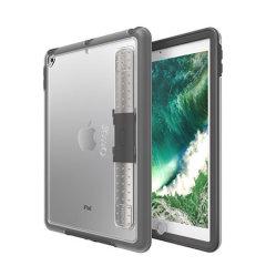 La funda UnlimitEd de OtterBox ha sido diseñada específicamente para el iPad 9.7 2018 para su uso en aulas de estudio. Incluye la función de soporte multimedia.
