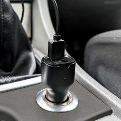Houd je Samsung Galaxy Note 9 volledig opgeladen op de weg met deze compatibele Olixar krachtige dubbele USB 3.1A autolader met een meegeleverde hoogwaardige USB naar USB-C oplaadkabel.