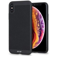 Et presisjonsteknisk laget lettvektig slankt cover i svart med et perforert nettingmønster som ser bra ut, gir bedre grep, og hjelper med avledning av varme fra din iPhone XS Max, så vel som å forbedre høyytelsesskjønnheten til enheten.