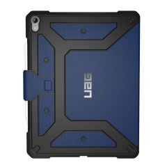Equip your iPad 12.9 with extreme, military-grade protection with the Metropolis 3rd generation flip case in Cobalt from UAG. Impact and water resistant, this is the ideal way of protecting your iPad.