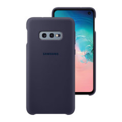 Protect your Samsung Galaxy S10e with this Official silicone case in navy. Simple yet stylish, this case is the perfect accessory for your S10e.