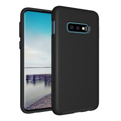 The Eiger North Dual Layer Protective Case in black is a hybrid ergonomic protective case for the Samsung Galaxy S10e, providing fantastic protection without adding excessive bulk.