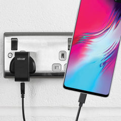 Charge your Samsung Galaxy S10 5G and any other USB device quickly and conveniently with this compatible 2.5A high power USB-C UK charging kit. Featuring a UK wall adapter and a 1m USB-C cable.