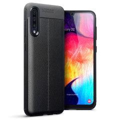 Protección para el Samsung Galaxy A70 gracias a esta funda Olixar Attache, fabricada con un material de alta calidad, muy similar al cuero, por lo que además de protección también ofrece un acabado elegante y premium.