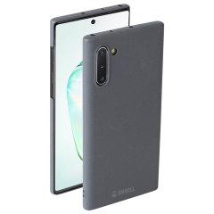 La coque Samsung Galaxy Note 10 Krusell Sandby en coloris pierre associe un look nordique chic avec les valeurs de Krusell sur la fabrication durable de haute qualité. Dotée d'une superbe finition, elle est tout simplement idéale pour toute personne qui souhaite protéger son smartphone avec élégance.