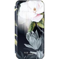 Muotoon sopiva ja irtotavarana, Ted Bakerin iPhone 11 pro-sarjaan tarkoitettu Opal-kotelo on eteerinen, muualla maailmassa kukkaesteetti ja tarjoaa samalla laitteellesi ylivoimaisen suojan putouksilta, naarmuilta ja muilta vaurioilta