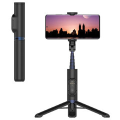 The Samsung selfie stick has everything you need to get the perfect photo wherever you go. This 2-in-1 portable gadget combines a selfie stick and tripod stand in one. Made of high-quality aluminium alloy it guarantees stability and lightness.