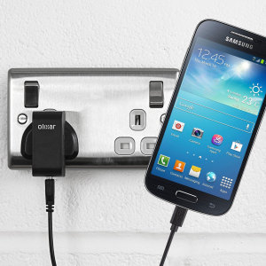 Charge your Samsung Galaxy S4 Mini quickly and conveniently with this compatible 2.5A high power charging kit. Featuring mains adapter and USB cable.