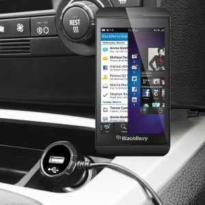 Laden Sie Ihr Micro-USB-Gerät unterwegs auf, mit diesem Hochleistungs 2.4A Blackberry Z10 Kfz-Ladegerät mit ausziehbarem Spiralkabel-Design.