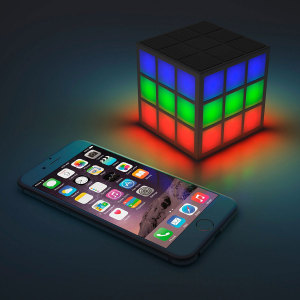 Altavoz Bluetooth Cubo Rubik con LED 360