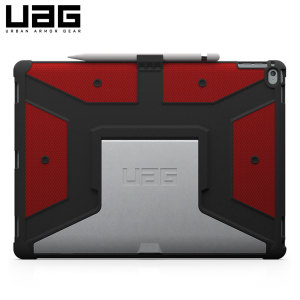 The UAG Rogue Rugged Case in red keeps your iPad Pro 12.9 2015 protected with a lightweight, but highly protective honeycomb composite interior, with a tougher outer case, ensuring the perfect combination of style and security.