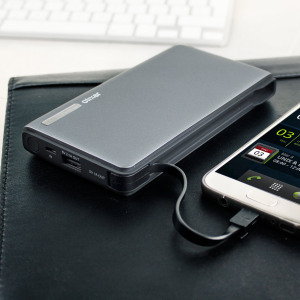 Massively increase the battery life of your smartphone by 5-10 times with this slim and lightweight 15,000mAh power bank with integrated detachable charging cable from Olixar, ensuring your USB devices are fully charged when you need them the most.
