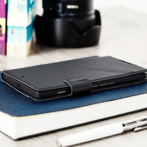 This elegant thin flip case in black from Mozo is beautifully crafted in genuine leather with a slim look which offers fantastic all round protection for the Microsoft Lumia 950 XL.