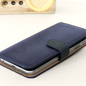 The Hansmare Calf Wallet Case in navy for the iPhone 6S / 6 provides exceptional protection in a slim and sleek package. The interior of the case features a genuine leather pocket with slots for your cards and document.
