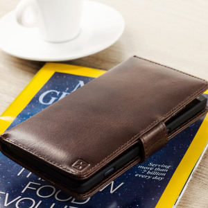 A sophisticated lightweight brown genuine leather case with a magnetic fastener. The Olixar genuine leather wallet case offers perfect protection for your Lumia 950 XL, as well as featuring slots for your cards, cash and documents.