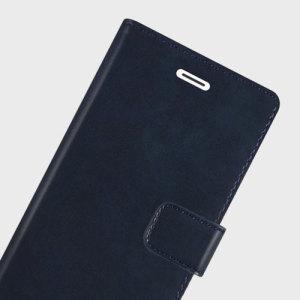 La funda Mercury Blue Moon para el iPhone 6S / 6 proporciona un estilo excepcional en un formato protector muy ligero y delgado. Fabricada con materiales de alta calidad, la funda es perfecta ya que además incluye ranuras para guardar tarjetas o documentación.